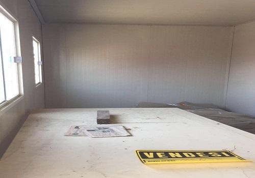 Ferro edilizia - interno baracca