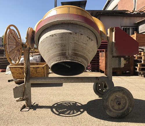 Ferro edilizia - betoniera - vendita usato