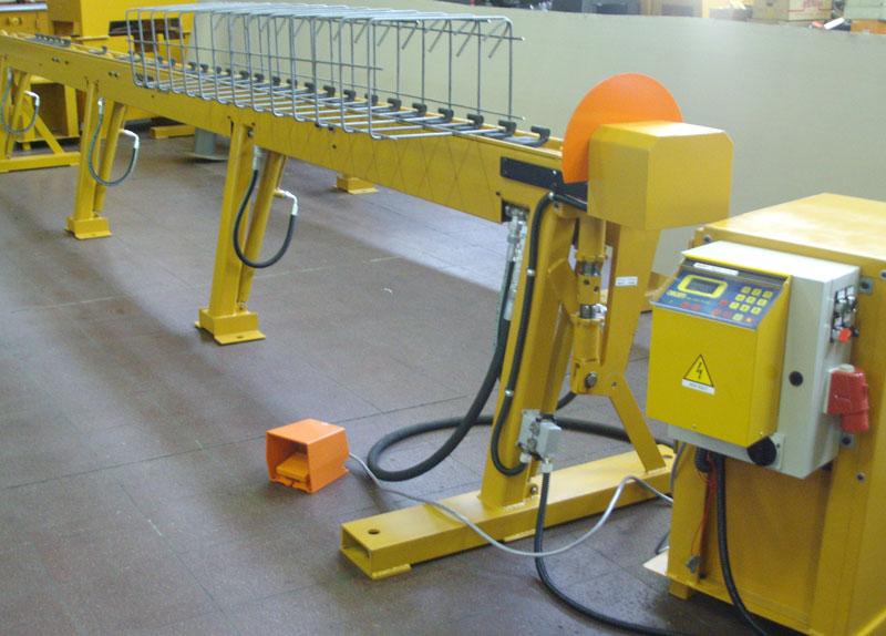 Macchina Piegareti per lavorazione ferro per edilizia - Ferro Edilizia Rosta - Torino