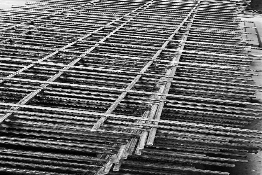 Ferro edilizia retino a misura