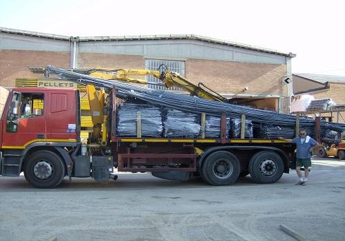 Ferro edilizia trasporto in cantiere